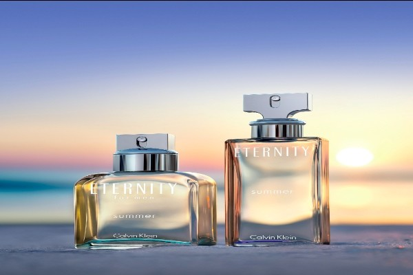 Calvin-Klein-Eternity-Summer-limited-edition-2015-man-and-woman-with-background-AED-270-AED-310 (1)