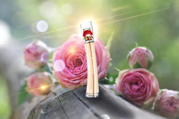 Kenzo Flower by Kenzo Eau de Lumiere Edt